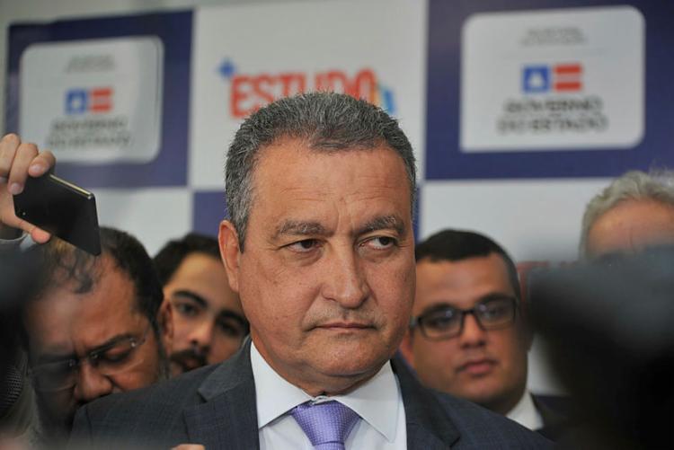 Governador anunciou que não iria à festa após restrição médica | Foto: Felipe Iruatã | Ag. A TARDE - Foto: Felipe Iruatã | Ag. A TARDE