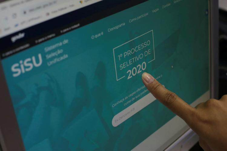Cerca de 1,5 milhões de estudantes de inscreveram no programa   Foto: Raphael Muller   Ag. A TARDE - Foto: Raphael Muller   Ag. A TARDE