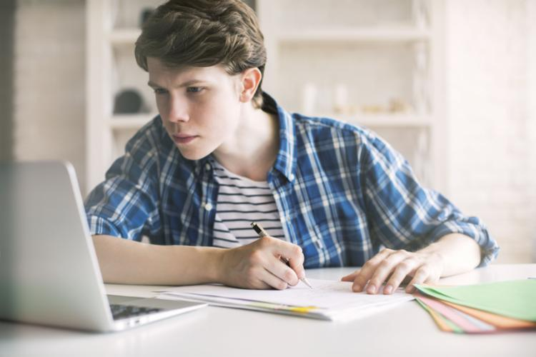 Estudantes contam suas experiências após aprovação em universidades públicas. - Foto: Divulgação