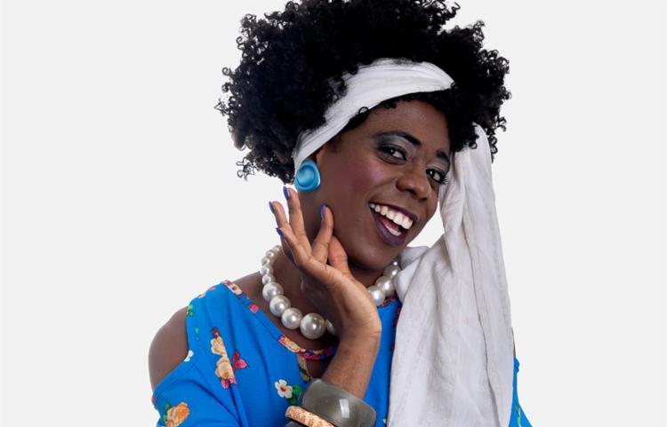 Se Mainha já aprontava como blogueira na internet, imagina na TV? - Foto: Shai Andrade | Divulgação