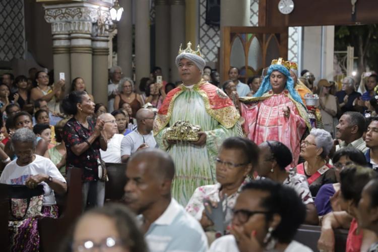 Missa celebrou momento em que Jesus recebeu presentes dos Reis Magos | Foto: Uendel Galter | Ag. A TARDE - Foto: Uendel Galter | Ag. A TARDE