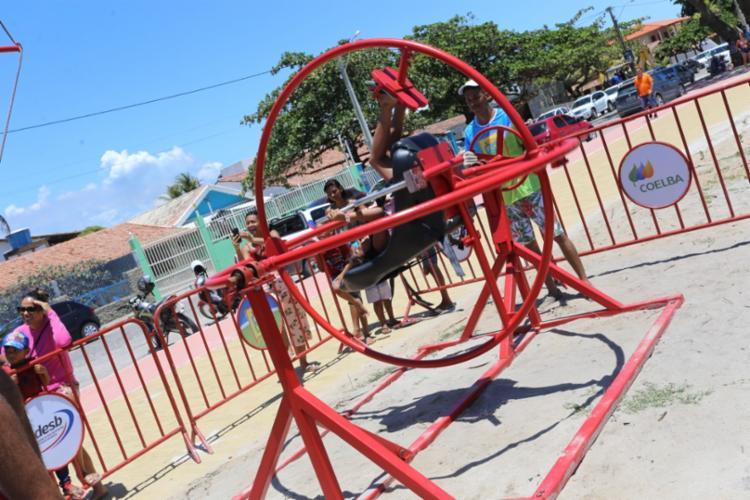 Moradores e turistas poderão se divertir, gratuitamente, nos equipamentos de aventura e esportes radicais, como o giromaster. - Foto: Divulgação