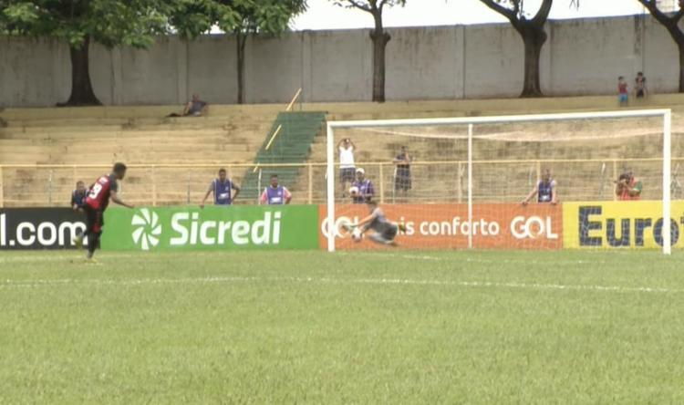 Na cobrança das penalidades máximas, o Leão perdeu por 5 a 4 | Foto: Reprodução | YouTube - Foto: Reprodução | YouTube