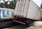 Motorista de caminhão fica ferido após colidir com trem na cidade Brumado | Foto: Reprodução | 97 News