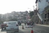 Acidente fatal congestiona trânsito no Dique | Foto: Foto: Thaís Seixas | Ag. A TARDE