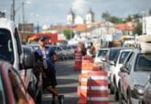 Motoristas e pedestres esperam até 1h na fila do ferry nesta terça | Foto: Raphael Müller | Ag. A TARDE