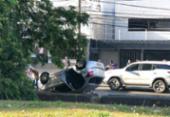 Carro capota e deixa vítima na região da Lucaia | Foto: Cidadão Repórter | Via WhatsApp