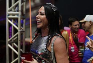 Aninha Marques acompanha Bell Marques no Camarote do Nana |