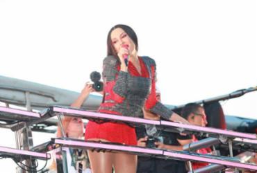 Claudia Leitte desfila como Mulan no último dia de Carnaval | Mauro Zamboni | Divulgação