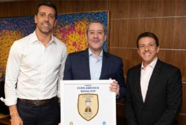 Juninho Paulista ignora código de ética da CBF e se mantém em negócios no futebol | Lucas Figueiredo | CBF