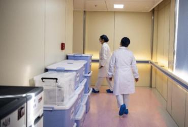 Diretor de hospital em Wuhan morre infectado pelo novo coronavírus | Noel Celis | AFP