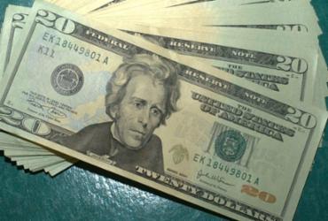 Dólar volta a cair e fecha em R$ 4,30 com atuação do BC | Marcello Casal Jr. | Agência Brasil