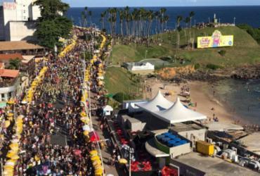 Furdunço leva milhares de baianos a curtir clima de pré-carnaval |