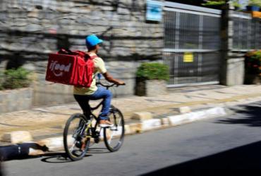 Aplicativos de entrega colocam restaurantes à beira da falência | Joá Souza | Ag. A TARDE