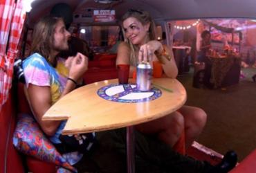 BBB20: Daniel chega em Marcela durante festa, e sister diz: 'Devagar' |