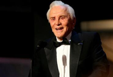 Lenda do cinema Kirk Douglas morre aos 103 anos   Alberto E. Rodriguez   Getty Images