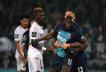 Jogador do Porto abandona partida após ser alvo de ofensas racistas | Miguel Riopa | AFP