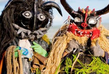 Caretas, blocos e bandas animam o Carnaval de Praia do Forte e Imbassaí