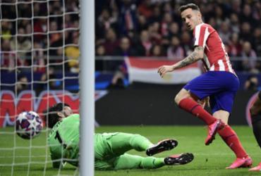 Atlético vence Liverpool e larga em vantagem nas oitavas da Champions |