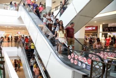 Carnaval altera horário de funcionamento de shoppings de Salvador | Felipe Iruatã | Ag. A TARDE
