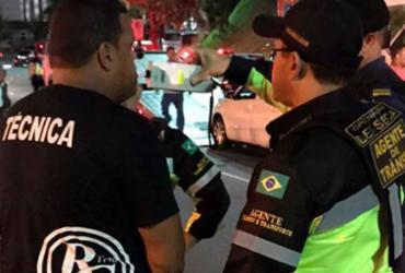 Motorista de trio elétrico é flagrado dirigindo alcoolizado em Salvador | Divulgação | Transalvador