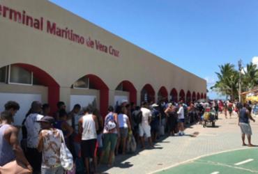 Travessia Salvador-Mar Grande tem longas filas após breve suspensão no serviço | Xando Pereira | Ag. A TARDE