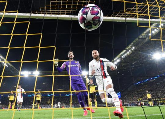 Neymar marca, mas Haaland brilha e Borussia vence PSG; Atlético de Madrid bate Liverpool | Tobias Schwarz | AFP