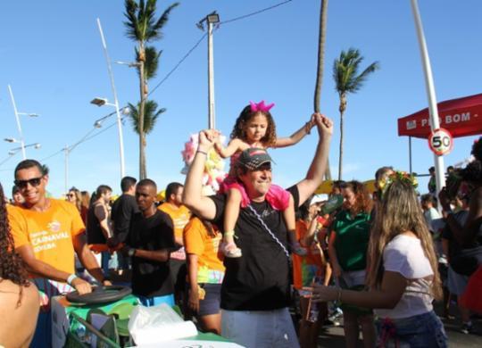 Corpo de Bombeiros orienta sobre cuidados com crianças no Carnaval | SSP/BA