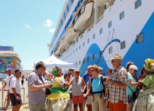 Cruzeiros devem trazer quase 17 mil turistas para o Carnaval | Bruno Concha | Secom