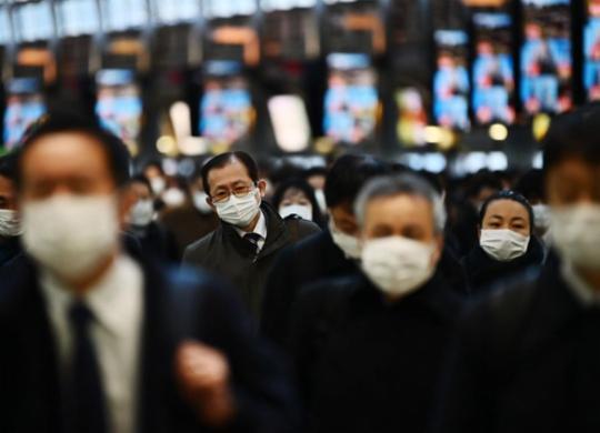 A doença do medo: pânico potencializa impacto da covid-19 | Charly Triballeau | AFP