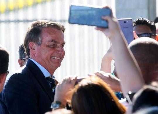 Na guerra pela pole midiática, Bolsonaro só perdeu para o vírus | Antonio Cruz | Agência Brasil