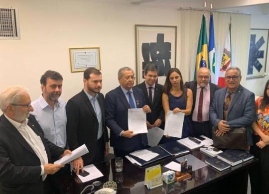 PT, Psol e Rede pedem cassação do mandato de Flávio Bolsonaro | Divulgação