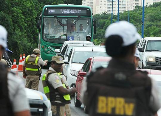 Polícia Militar inicia operação nas rodovias durante o Carnaval | Elói Corrêa|GOVBA