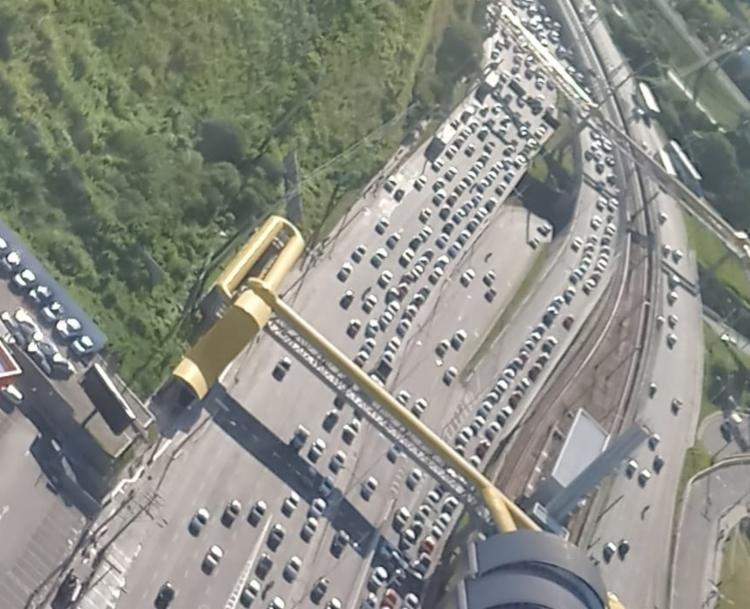 Trânsito congestionado no sentido Rodoviária | Foto: Claudia Meneses | Isso é Bahia