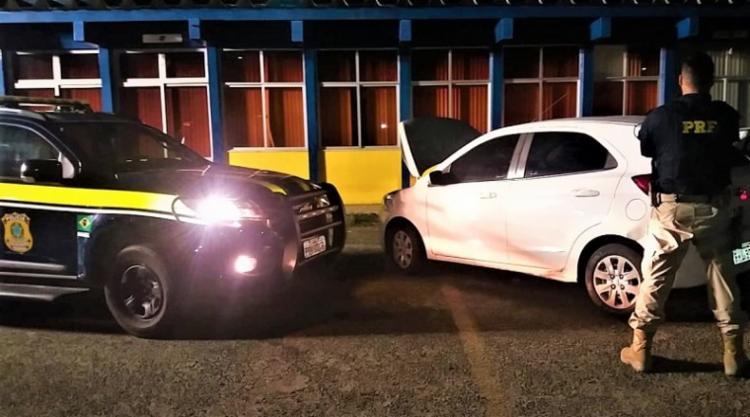 Veículo havia sido roubado há 15 dias em Salvador | Foto: Divulgação | PRF - Foto: Divulgação | PRF