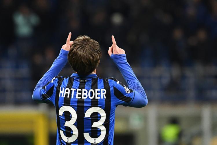 Hateboer foi autor de dois dos quatro gols do Atalanta | Foto: Vicenzo Pinto | AFP - Foto: Vicenzo Pinto | AFP