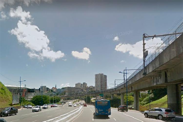 Acidente aconteceu próximo do acesso ao Dique do Tororó, sentido Nazaré | Foto: Reprodução | Google Street View - Foto: Reprodução | Google Street View