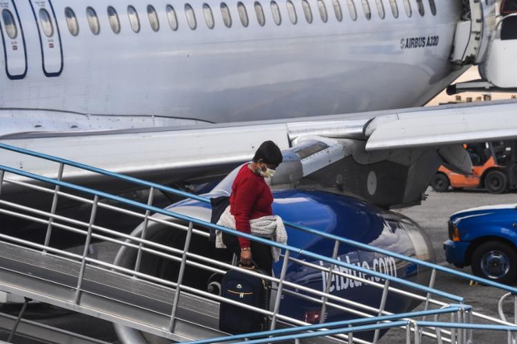 Resgate será feito em aeronaves reservas da Presidência da República | Foto: Chandan Khanna | AFP - Foto: Chandan Khanna | AFP