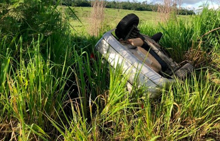Motorista da carreta não se feriu | Foto: Reprodução | Blog do Anderson - Foto: Reprodução | Blog do Anderson