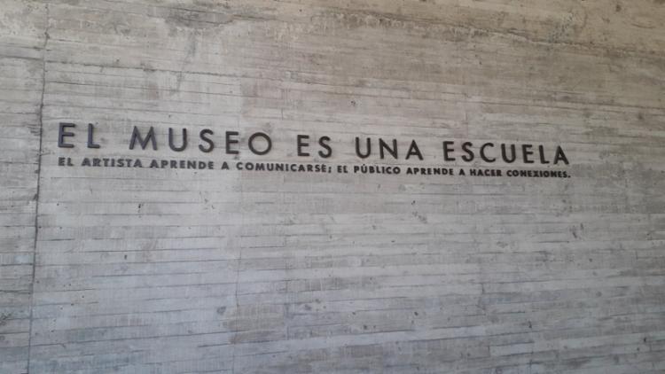 Frase na entrada do Museu da Memória e dos Direitos Humanos || Ag. A TARDE