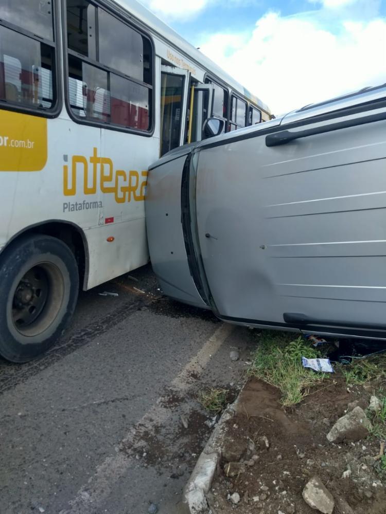 Acidente foi próximo da Schincariol | Foto: Cidadão Repórter | Via WhatsApp - Foto: Cidadão Repórter | Via WhatsApp