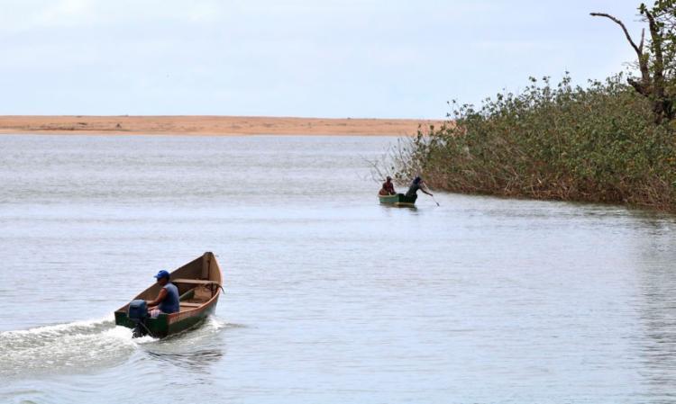 A barragem que se rompeu liberou no ambiente cerca de 39 milhões de metros cúbicos de rejeitos | Foto: Tânia Rêgo | Agência Brasil - Foto: Tânia Rêgo | Agência Brasil
