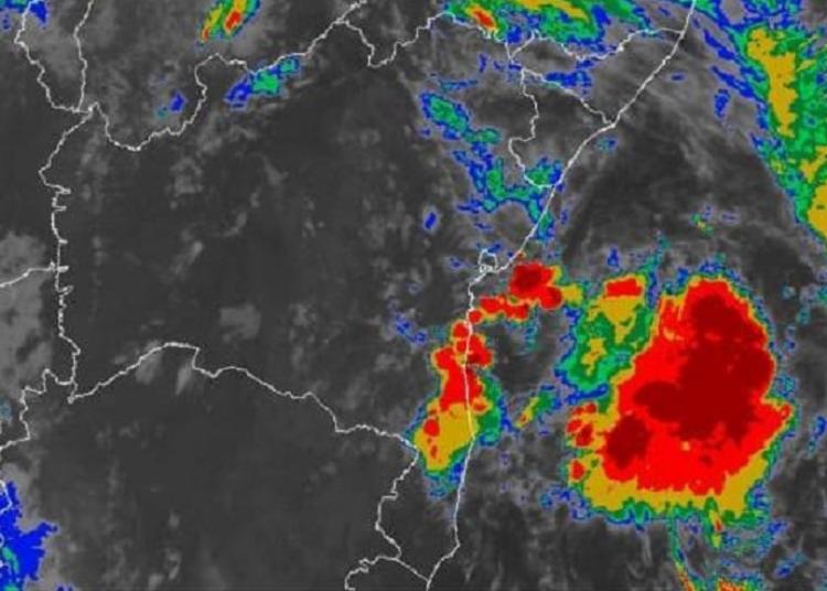 Maior acumulado de chuva, nas últimas 12 horas, foi no bairro de Itapuã   Foto: Divulgação   Inmet - Foto: Divulgação Inmet