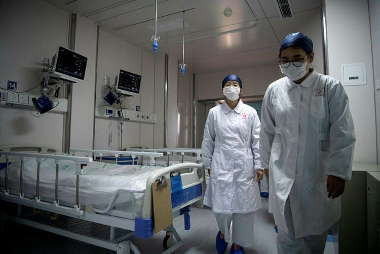 O número total de pessoas infectadas com o vírus na China é, atualmente, de 78.824 | Foto: Noel Celis | Pool | AFP - Foto: Noel Celis | Pool | AFP