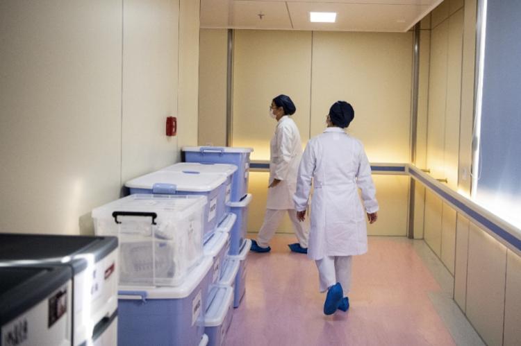 Liu Zhiming, neurocirurgião de 50 anos, é o primeiro diretor de um hospital a sucumbir à doença   Foto: Noel Celis   AFP - Foto: Noel Celis   AFP