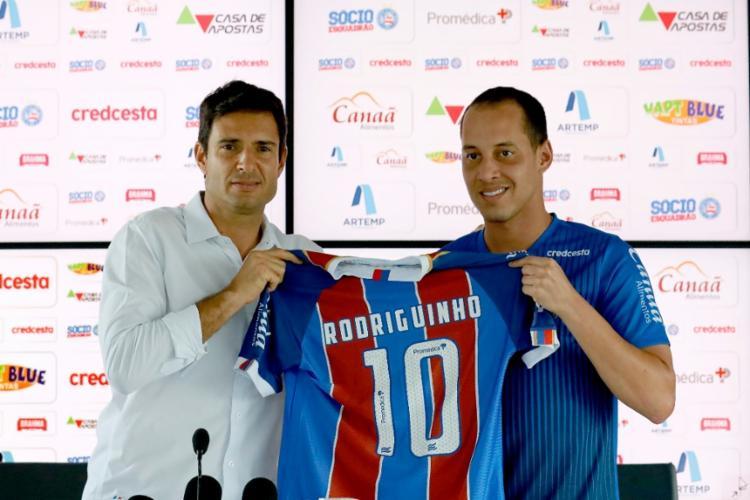 O atleta acertou contrato por dois anos com o Tricolor | Foto: Felipe Oliveira | EC Bahia - Foto: Felipe Oliveira | EC Bahia