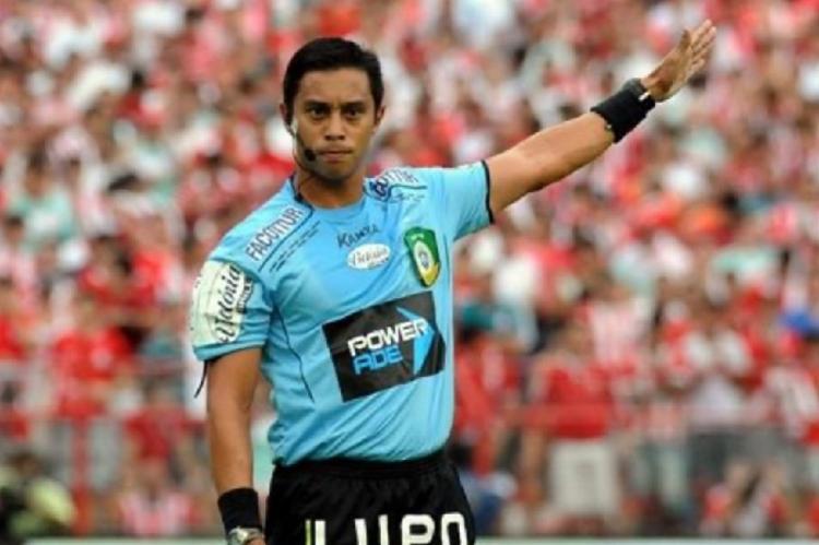 Gilberto Castro Rodrigues Júnior será o árbitro principal do duelo | Aldo Carneiro | Pernambuco Press - Foto: Aldo Carneiro | Pernambuco Press