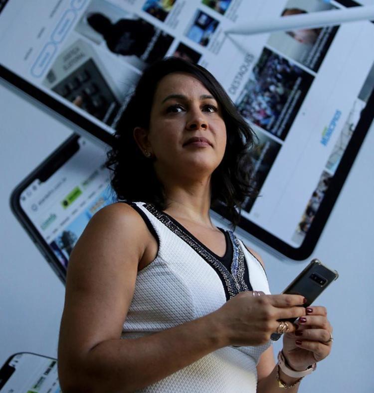Priscyla diz que as redes permitem a personalização | Foto: Adilton Venegeroles | Ag. A TARDE - Foto: Adilton Venegeroles | Ag. A TARDE