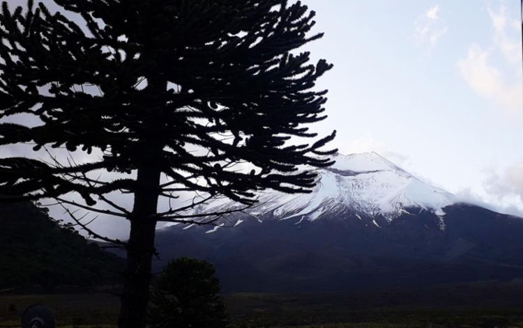 Vulcão Lonquimay ainda guarda neve por conta do inverno prolongado   Thaís Seixas   Ag. A TARDE - Foto: Thaís Seixas   Ag. A TARDE