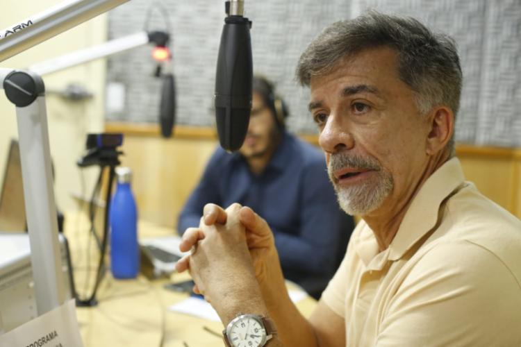 Fernando guerreiro explicou o trabalho dos novos conselheiros | Foto: Rafael Martins | Ag. A TARDE - Foto: Rafael Martins | Ag. A TARDE